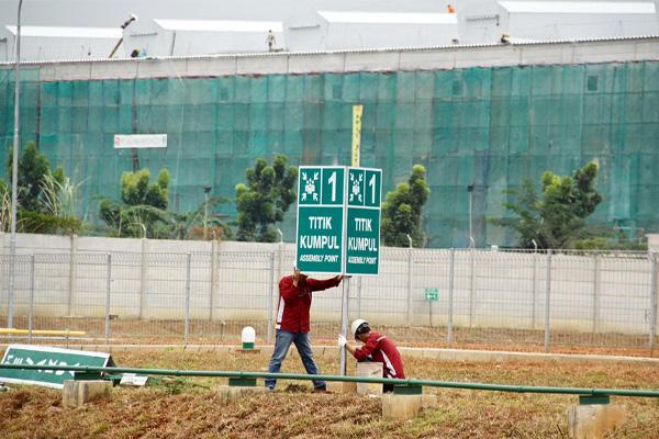 Mengapa Rambu K3 Di Tempat Kerja Harus Sesuai Standar Nasional Dan Internasional Safety Sign Indonesia